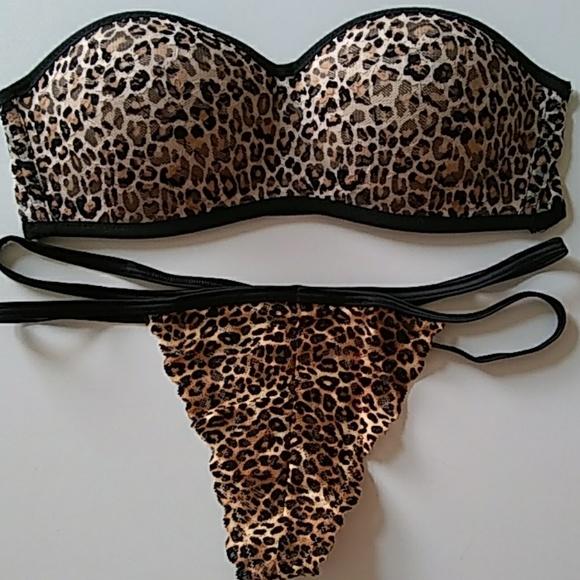 PINK Victoria's Secret Other - VS PINK Strapless Bra and Panty Set Size S Leopard